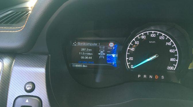 Ford Ranger mit Nordstar Wohnkabine Autobahnfahrt